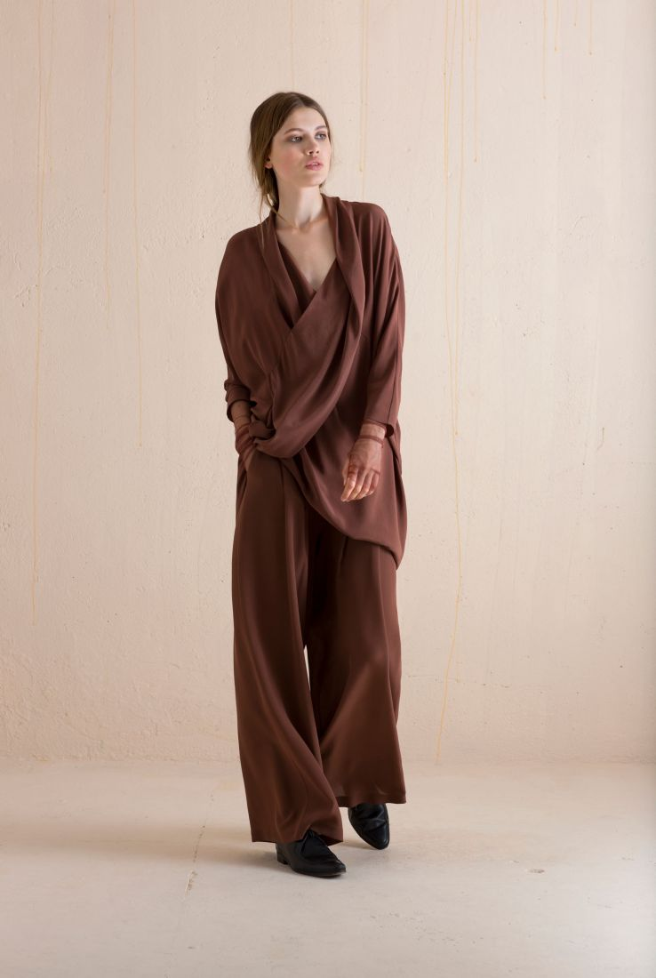 Capa dress and pants