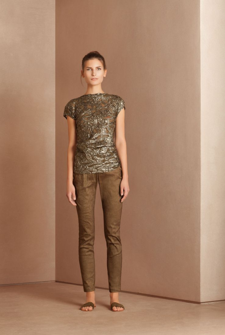 Jungle asymmetric top with Manolo pants