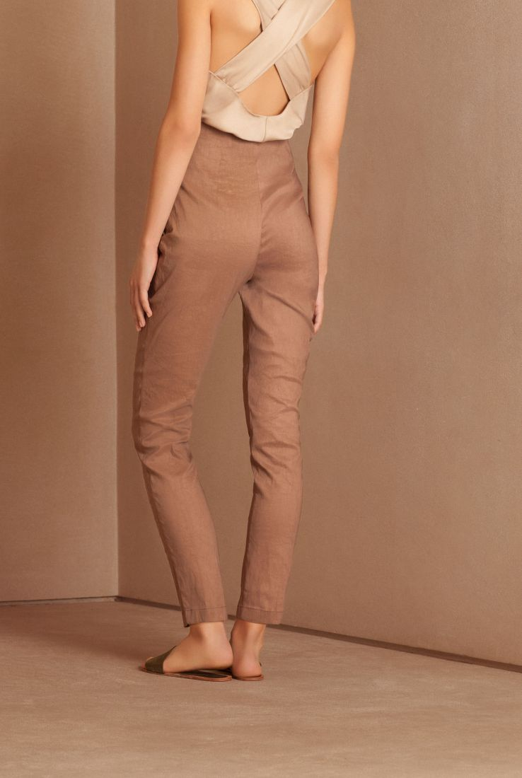 Manolo, sand coloured slim-fit pants, NEW collection – Cortana Moda