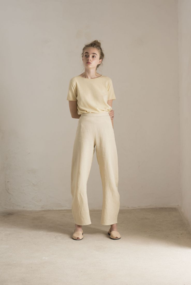 SOLAR BEIGE PANTS, SS19 collection – Cortana Moda