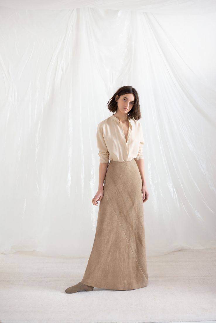 Macho blouse with Drap skirt
