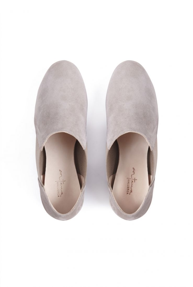 RITA, TAUPE SUEDE BALLERINAS, SS21 collection – Cortana Moda