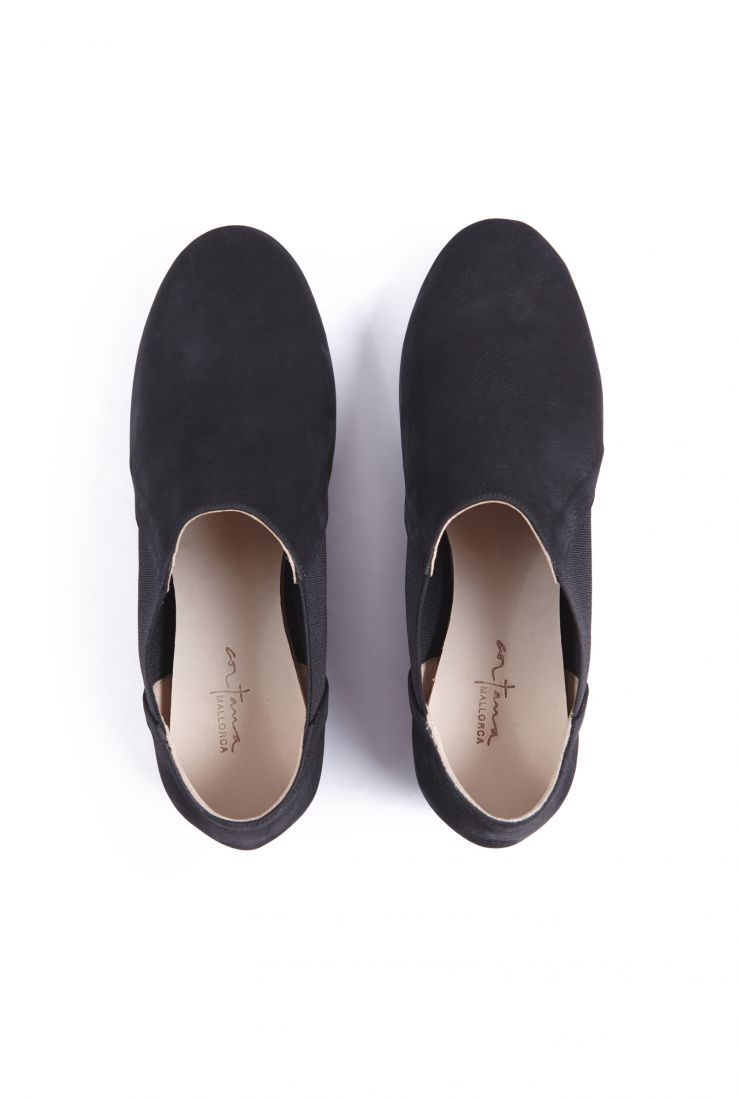 RITA, BLACK NUBUCK BALLERINAS, AW20 collection – Cortana Moda