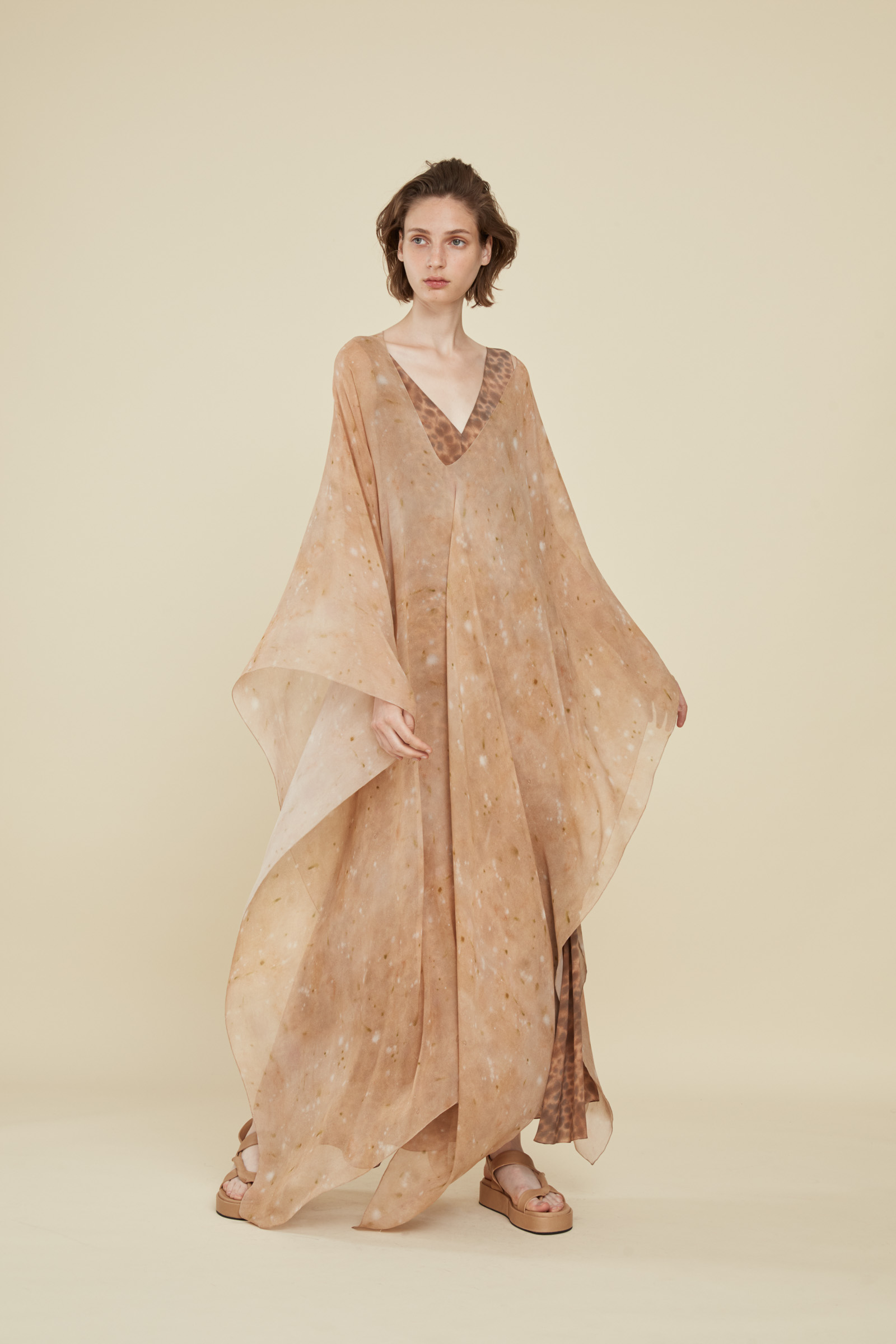 HARINA PRINT SILK KAFTAN, DRESSES collection – Cortana Moda
