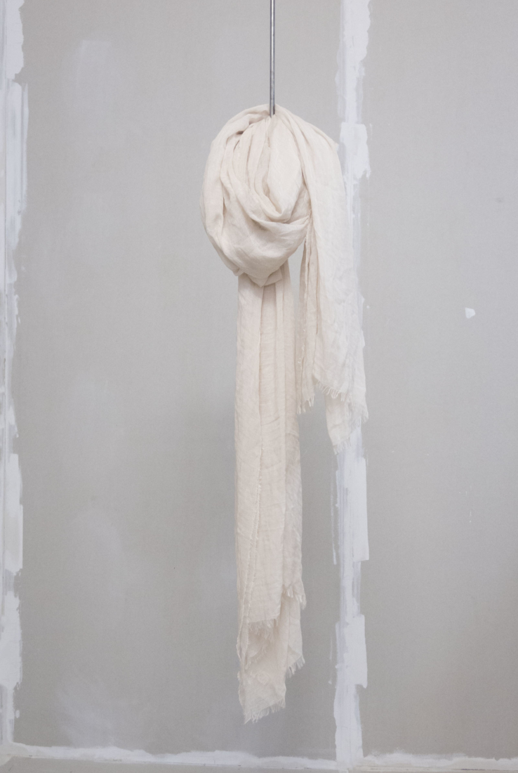 Foulard beige, Accesorios collection – Cortana Moda