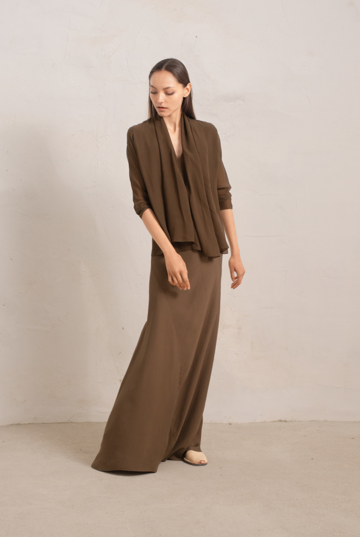 TASOS FALDA LARGA COLOR PARDO, nude collection – Cortana Moda