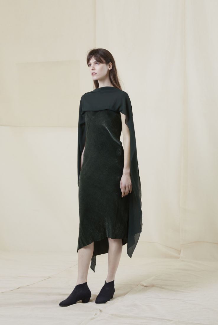 BORNEO, VESTIDO EN TERCIOPELO DE SEDA, AW20 collection – Cortana Moda