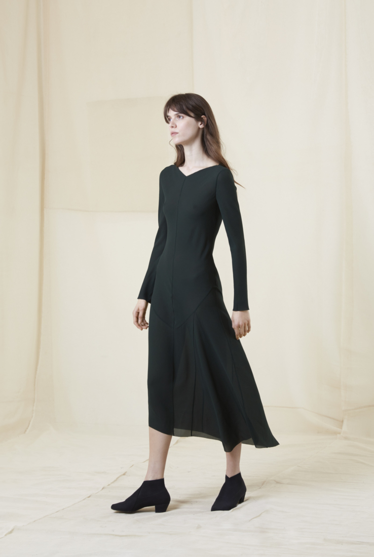 CLARA, VESTIDO CORTO EN SEDA VERDE, Verde collection – Cortana Moda