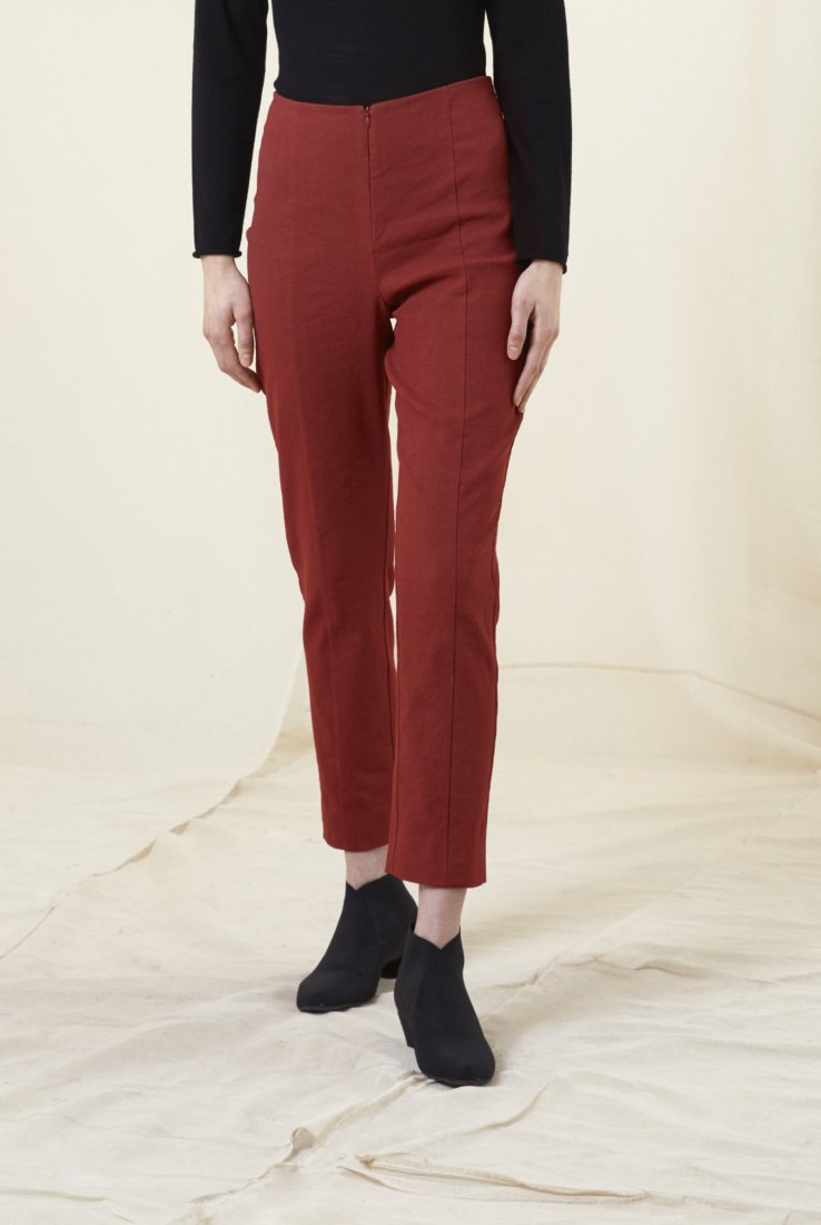 VODKA, PANTALÓN ROJO, AW20 collection – Cortana Moda
